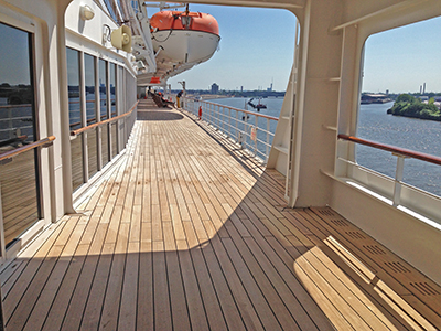 queen_mary_2_22